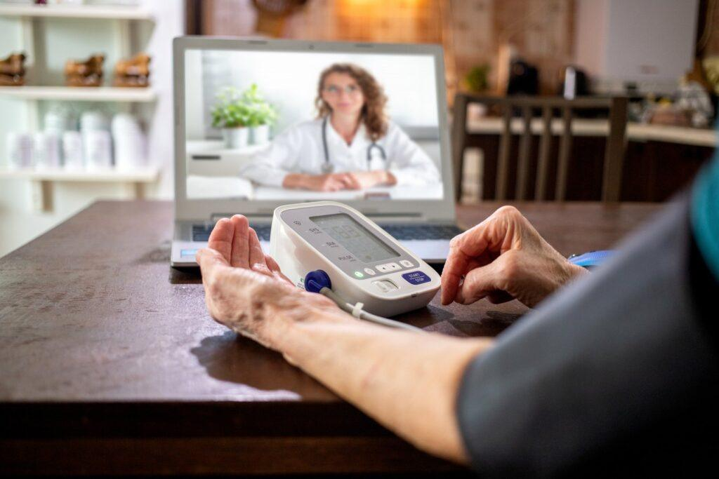 Telemedicine,Concept,Elderly,Woman,Speaking,To,Her,Doctor,Online,And